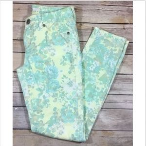 Lauren Conrad Straight Slim Floral Pants 2 Stretch